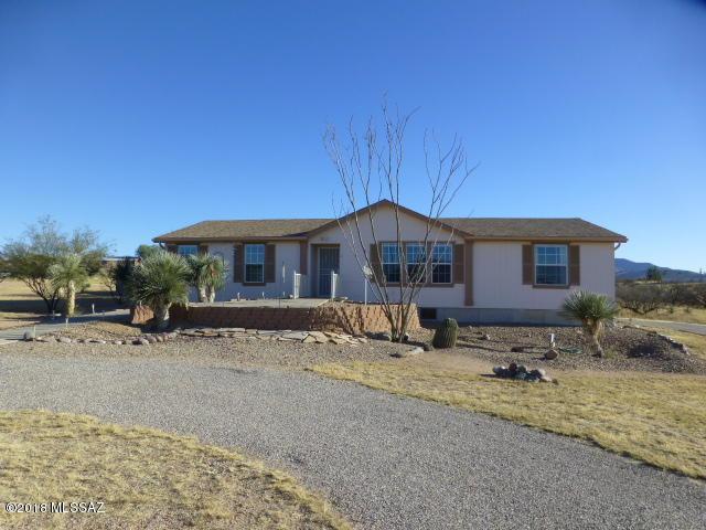 272 S Cochise Lane, Benson, AZ 85602 (#21803968) :: RJ Homes Team