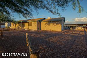 10002 N Running Back Way, Marana, AZ 85653 (#21804877) :: Gateway Partners at Realty Executives Tucson Elite