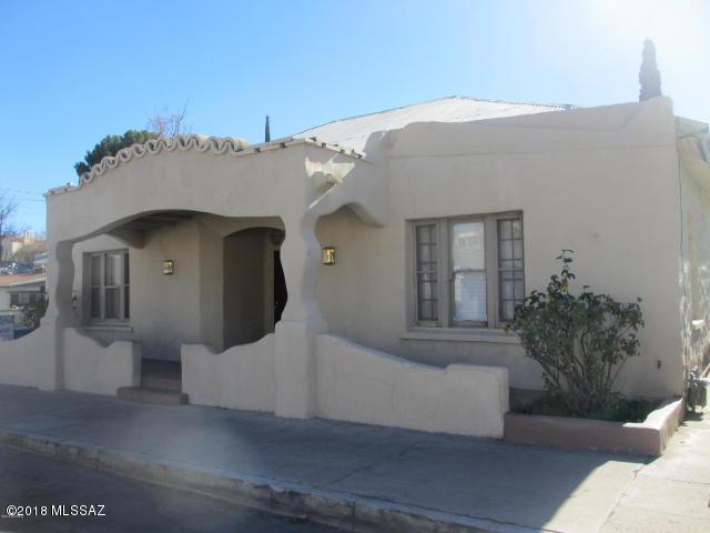 365 W Walnut Street, Nogales, AZ 85621 (#21805226) :: RJ Homes Team