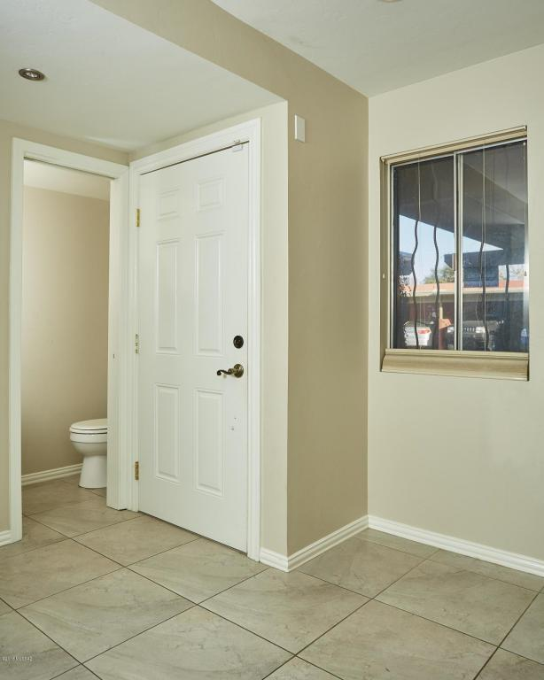712 W Limberlost Drive #35, Tucson, AZ 85705 (#21805524) :: Long Realty - The Vallee Gold Team