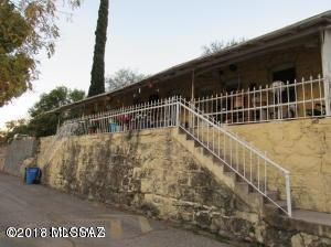 331 W Larrimore Street, Nogales, AZ 85621 (#21807781) :: Gateway Partners at Realty Executives Tucson Elite