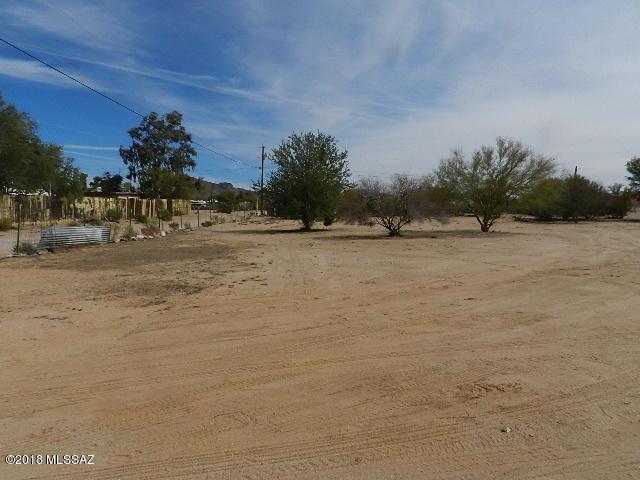 11755 W Dusty Rocks Lane, Tucson, AZ 85743 (#21807930) :: Long Realty Company