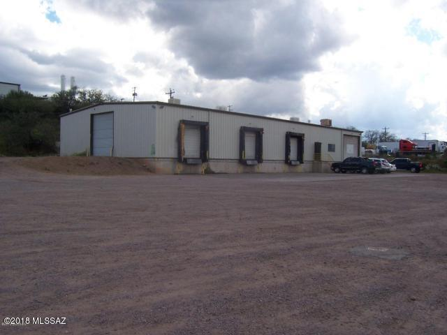 504 E Frontage Road, Nogales, AZ 85621 (#21808065) :: Gateway Partners at Realty Executives Tucson Elite