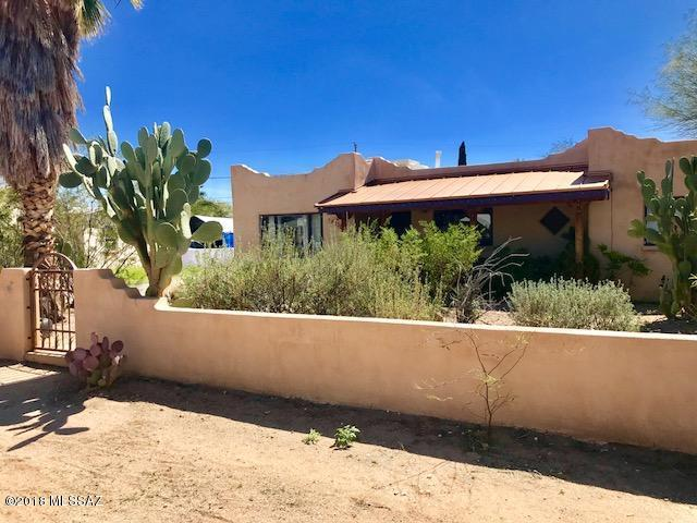 4130 E Santa Barbara Avenue, Tucson, AZ 85711 (#21808273) :: The Josh Berkley Team