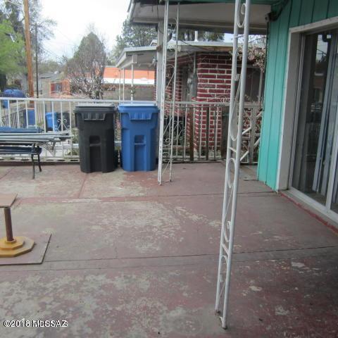 474 N Alameda Place, Nogales, AZ 85621 (#21809141) :: Gateway Partners at Realty Executives Tucson Elite