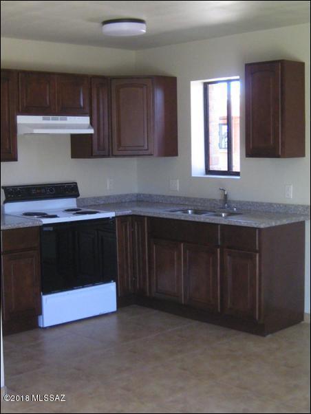 427 E Delano Street, Tucson, AZ 85705 (#21809405) :: Stratton Group