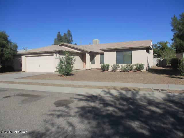 1462 W Breakwell Drive, Tucson, AZ 85746 (#21810965) :: The KMS Team