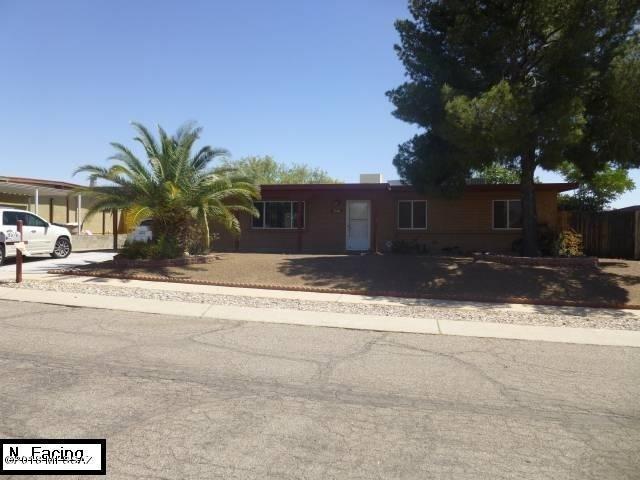 9570 E Stella Road, Tucson, AZ 85730 (#21811479) :: Long Realty Company