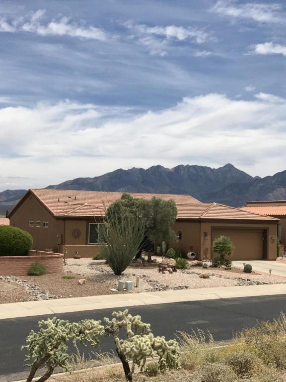 4737 S Gloria Vista Drive, Green Valley, AZ 85622 (#21813127) :: The Josh Berkley Team