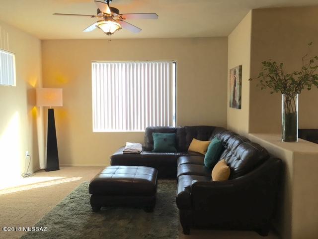 2550 E River Road #1104, Tucson, AZ 85718 (#21814525) :: RJ Homes Team