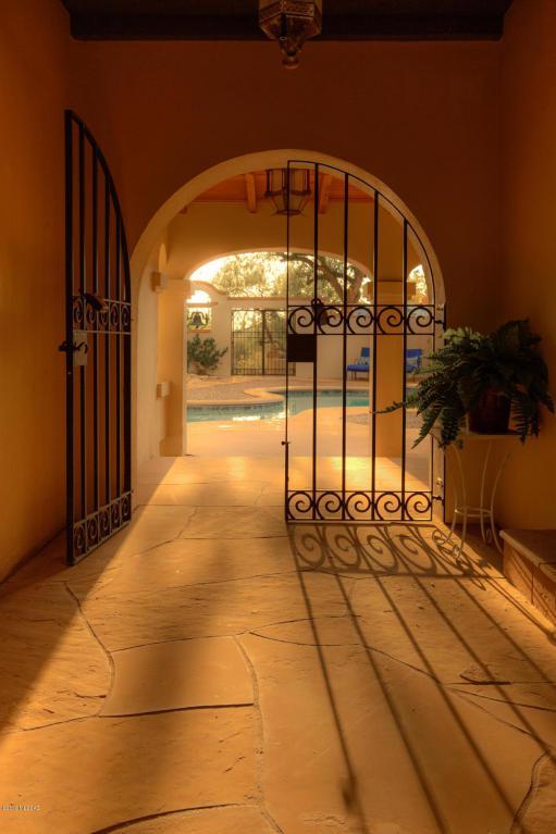 6600 N Saint Andrews Drive, Tucson, AZ 85718 (#21816387) :: My Home Group - Tucson
