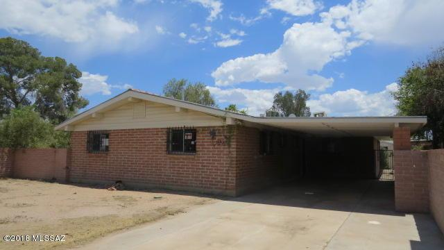 1245 W Kleindale Road, Tucson, AZ 85705 (#21818760) :: Long Realty - The Vallee Gold Team