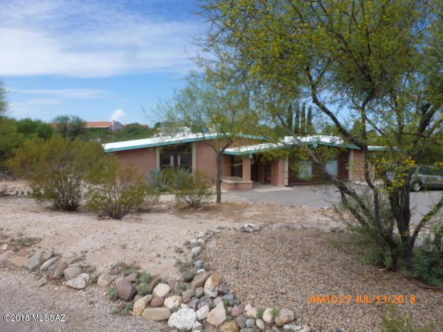 10742 E Avenida Hacienda, Tucson, AZ 85748 (#21819732) :: The Josh Berkley Team