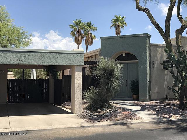 3232 N Little Creek Place, Tucson, AZ 85712 (#21819999) :: Stratton Group