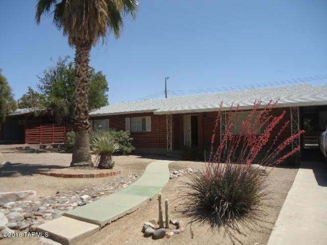 214 N Harris Av Avenue, Tucson, AZ 85716 (#21821610) :: The Local Real Estate Group   Realty Executives
