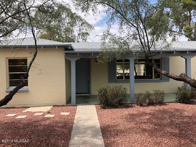 1717 N Justin Lane, Tucson, AZ 85712 (#21823167) :: Long Realty Company