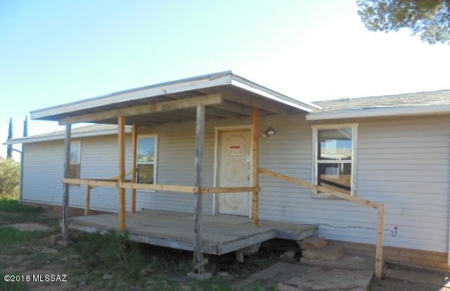 161 E Via Parque, Huachuca City, AZ 85616 (#21824783) :: Long Realty - The Vallee Gold Team