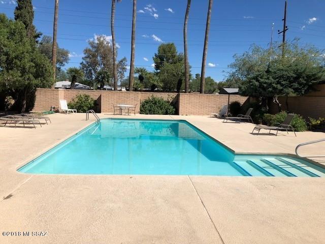 2875 N Tucson Boulevard #14, Tucson, AZ 85716 (#21827273) :: Gateway Partners at Realty Executives Tucson Elite