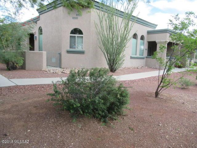 5692 W Treasure Cove Loop, Tucson, AZ 85713 (#21828420) :: Realty Executives Tucson Elite