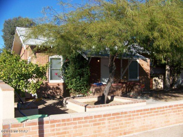 1001-1003 E Elm Street, Tucson, AZ 85719 (#21829907) :: The Josh Berkley Team
