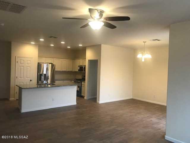 7599 W Ranchers Drive, Tucson, AZ 85757 (#21831206) :: Long Realty Company