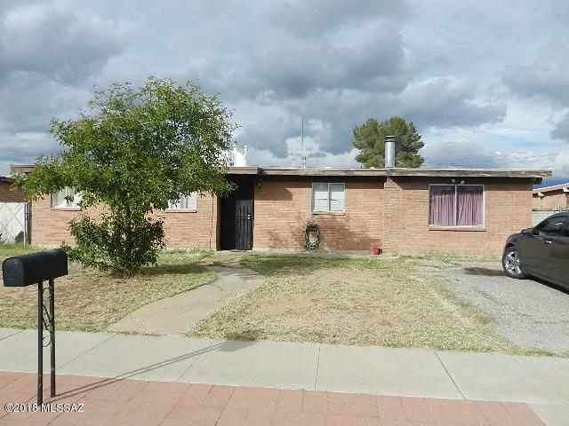 6601 E David Drive, Tucson, AZ 85730 (#21832087) :: The KMS Team