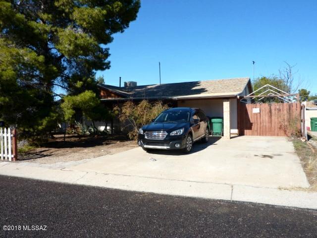 2610 W Vereda Amarillo, Tucson, AZ 85746 (#21832327) :: The KMS Team