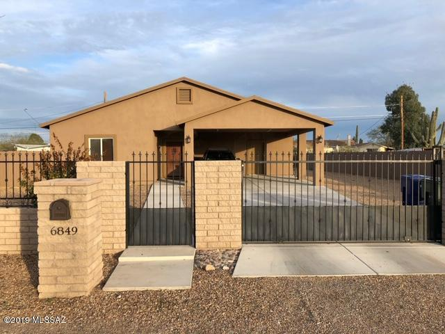 6849 S Burcham Avenue, Tucson, AZ 85756 (#21901823) :: The Josh Berkley Team