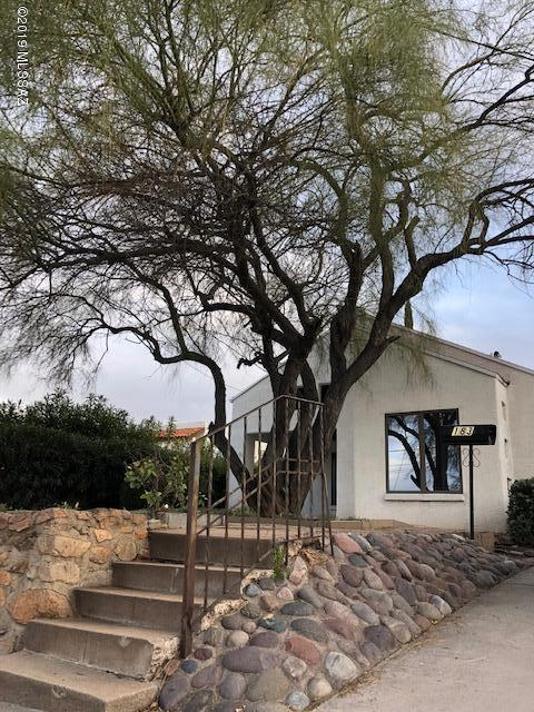 183 W Pajarito Street, Nogales, AZ 85621 (#21902203) :: Gateway Partners at Realty Executives Tucson Elite