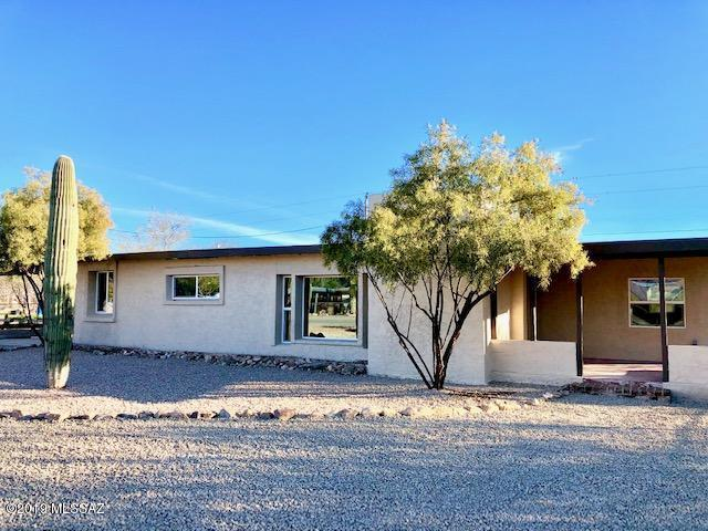 5651 W Wyoming Street, Tucson, AZ 85757 (#21902263) :: Long Realty Company