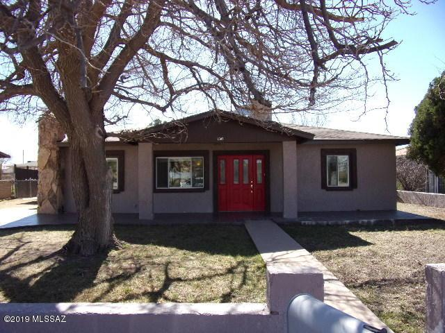 2507 E 10Th Street, Douglas, AZ 85607 (#21904087) :: Long Realty - The Vallee Gold Team