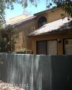 3112 E Oasis De Palmeras, Tucson, AZ 85716 (#21906300) :: Long Realty Company