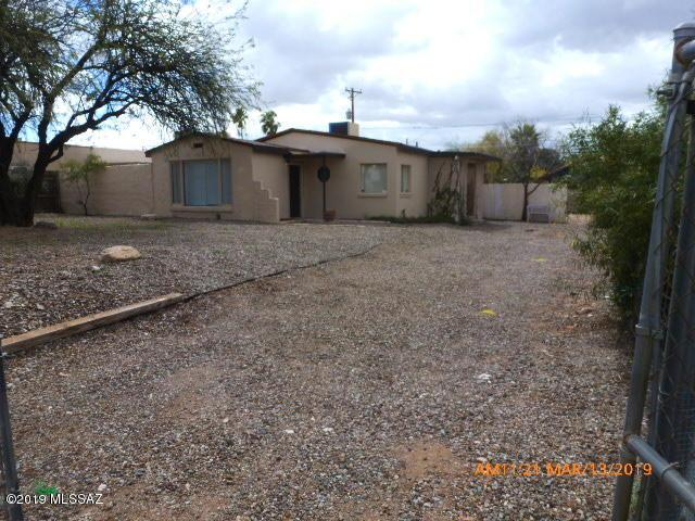2020 E Grant Road, Tucson, AZ 85719 (#21907318) :: Long Realty - The Vallee Gold Team