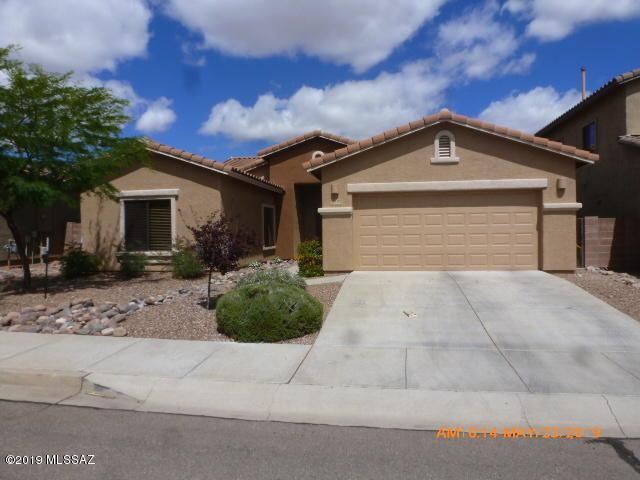 8409 N Crested Quail Drive, Tucson, AZ 85743 (#21914067) :: Long Realty Company
