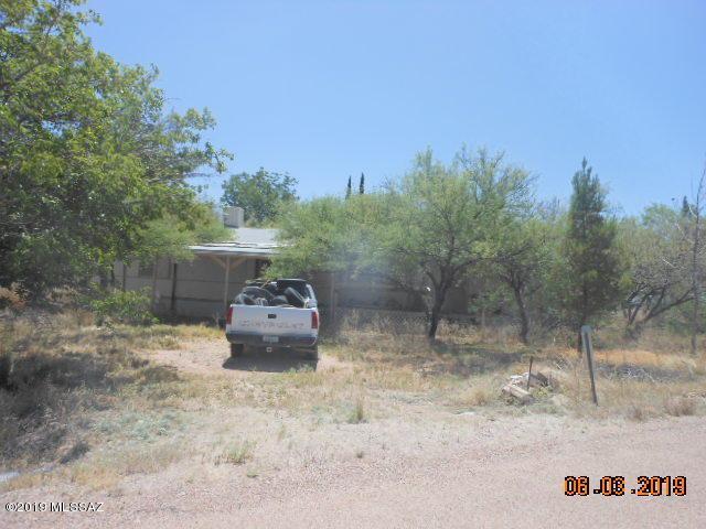 3188 W Wren Drive, Benson, AZ 85602 (#21914628) :: The Josh Berkley Team