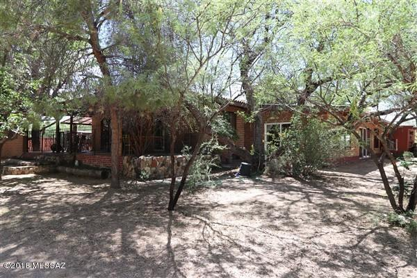 895 W Running Bird Lane, Benson, AZ 85602 (MLS #21916108) :: The Property Partners at eXp Realty