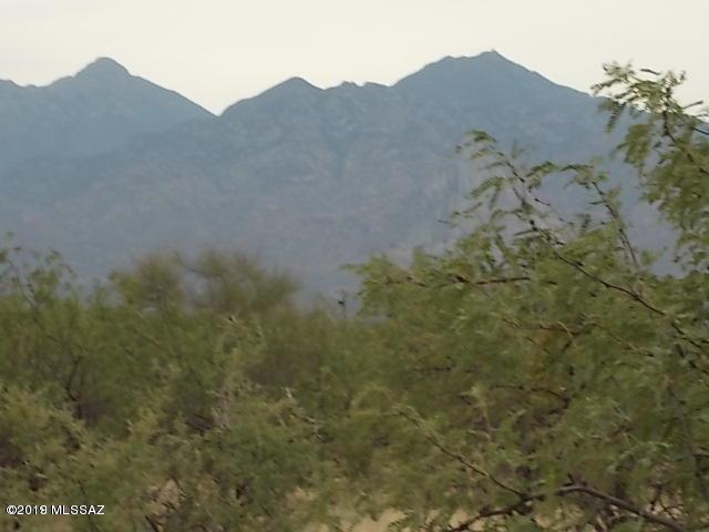 4011 W Calle Seis #100, Green Valley, AZ 85622 (#21916815) :: The Local Real Estate Group | Realty Executives
