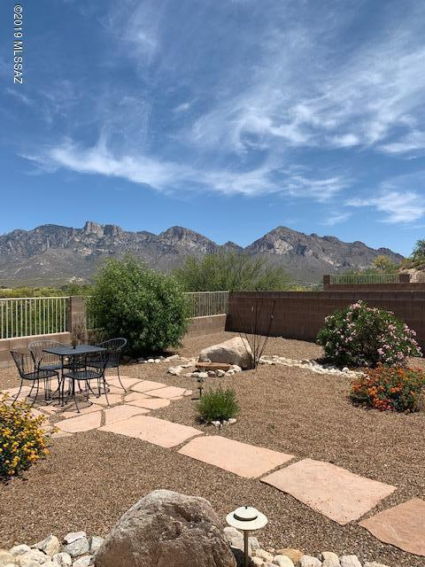 321 W Silvertip Road, Oro Valley, AZ 85737 (#21916839) :: The Local Real Estate Group | Realty Executives