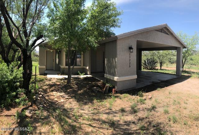 17225 W 2nd Street W, Arivaca, AZ 85601 (#21919848) :: Long Realty - The Vallee Gold Team
