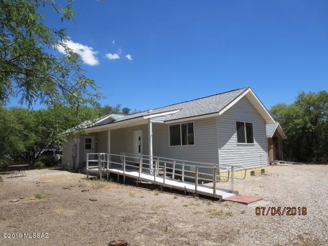 1043 E Butterfield Lane, Benson, AZ 85602 (MLS #21920087) :: The Property Partners at eXp Realty