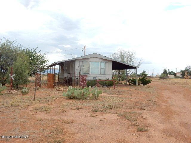 13161 High Valley Lane, Pearce, AZ 85625 (#21920544) :: Realty Executives Tucson Elite