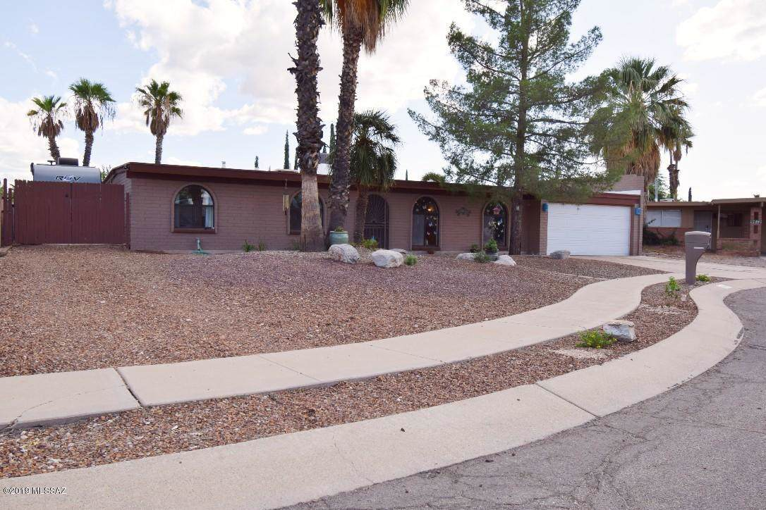 9422 Deer Trail Place - Photo 1