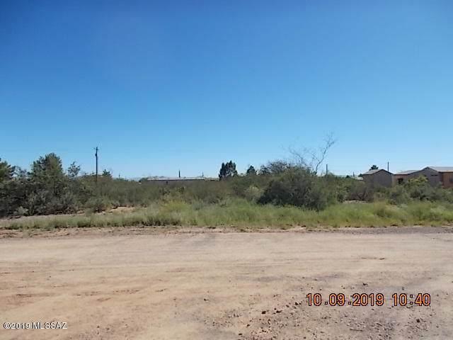2552 N Calle Tercero, Huachuca City, AZ 85616 (#21926358) :: Long Realty Company
