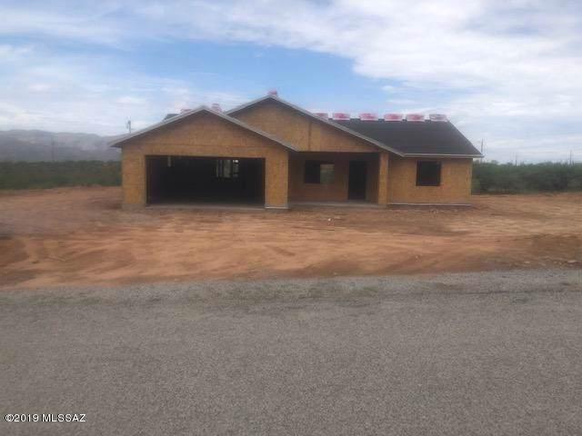 69 Avenida Pastor, Rio Rico, AZ 85648 (#21926834) :: Tucson Property Executives