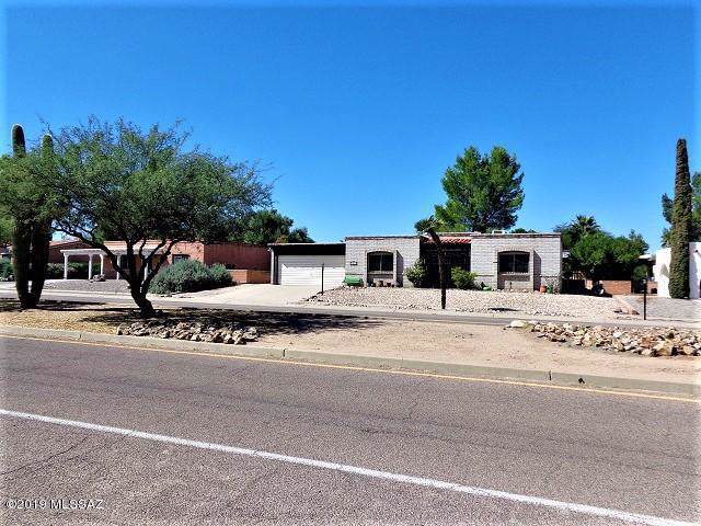 1440 S Abrego Drive, Green Valley, AZ 85614 (#21928171) :: Long Realty - The Vallee Gold Team