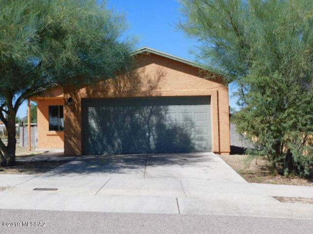 2160 S Ilios Place, Tucson, AZ 85713 (#21928940) :: Long Realty - The Vallee Gold Team