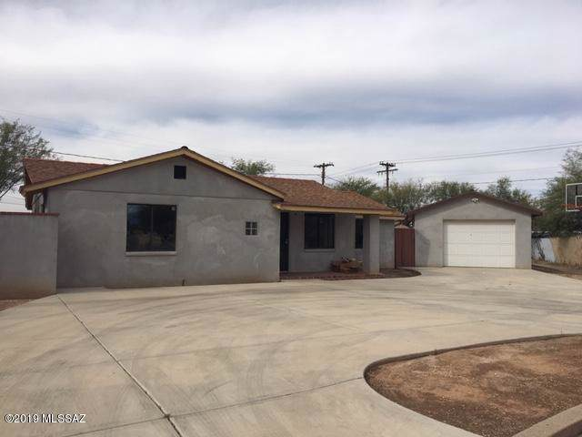 1933 N Woodland Avenue, Tucson, AZ 85712 (#21930323) :: Long Realty - The Vallee Gold Team