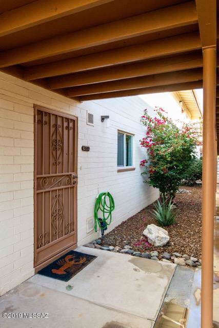 1458 S Palo Verde Avenue, Tucson, AZ 85713 (#21931103) :: Long Realty - The Vallee Gold Team