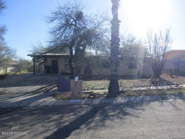 1979 W Saxony Road, Tucson, AZ 85713 (#21932192) :: Long Realty - The Vallee Gold Team