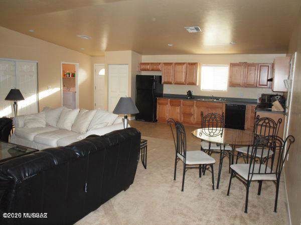 613 W Thurber Road, Tucson, AZ 85705 (#22001666) :: Long Realty - The Vallee Gold Team